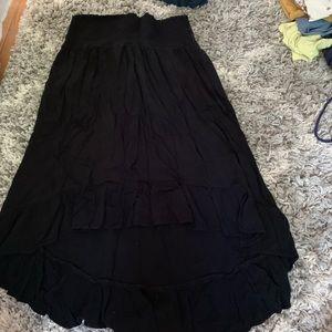 AE black hi-low skirt